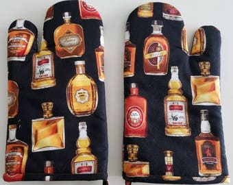 Kitchen Oven Mitt, Whiskey Bottles, Man Cave, Brewer, Beer, Booze, Cook, Chef, Baker