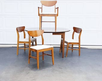 Danish Modern Dining Set ~ Mid Century Dining Table And Chairs ~ Walnut Clamshell Dining Chairs