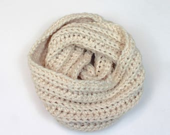 Chunky Knit Infinity Scarf Wool Circle Scarf | THE AMSTERDAM in Snow