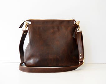 Leather hobo bag / Leather crossbody bag / Leather bag / Leather zipper hobo bag / Soft brown leather bag /  Leather Handbag with Linen