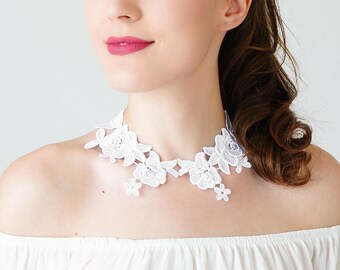 Peter Pan Collar Lace Collar White Collar Vintage Collar Statement Necklace Gift For Her Sister Gift Bridal Collar Birthday Gift / LARICE