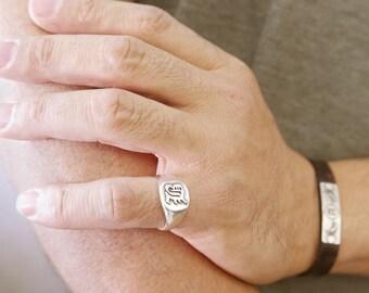 Pinky ring.unisex monogram ring. Initials ring. Silver monogram ring. Guti initial band. Mens initial ring. Engraved ring. Circle ring