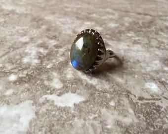 Raw Labradorite Oval Ring - Healing Stone - Crystal Jewelry