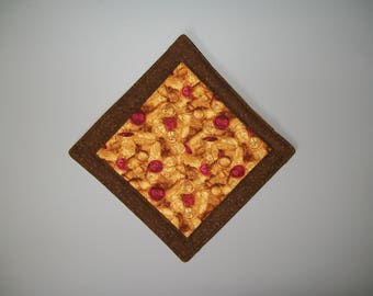 Wine cork potholder - gold yellow red brown hotpad - insulated  hot pad - quilted potholder - wine decor accessory - hostess gift