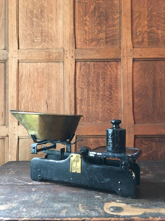 Antique Scale, Krups 5 Kg Scale With Brass Dish, Antique Candy Scale, Appthecary Scale, Industrial Kitchen Decor