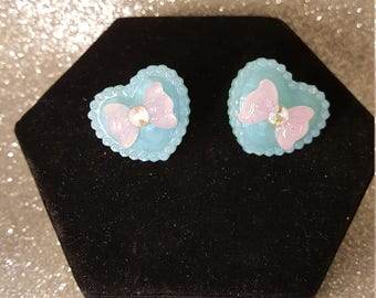 Retro Heart  Post Earrings Blue with Pink Bows