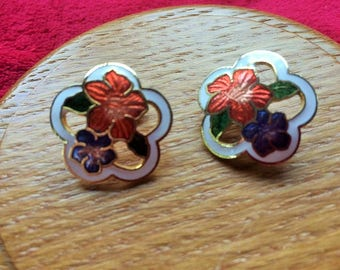 cloisonne petal shaped clip on earrings with red and blue flower detail