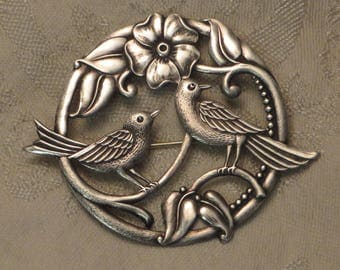 Lovely vintage retro Art Deco signed Truart sterling silver love birds flower vine pin brooch