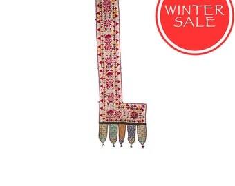 WINTER SALE - Vintage Textile - Vintage Sankhia with Mango Leaf and Bird design on Cotton.