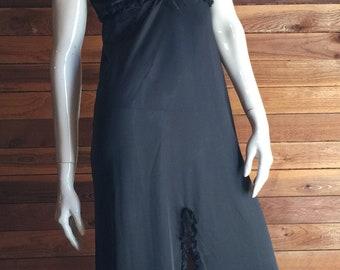 Vintage Lingerie 1970's DURELLE Black Size Medium Nightgown
