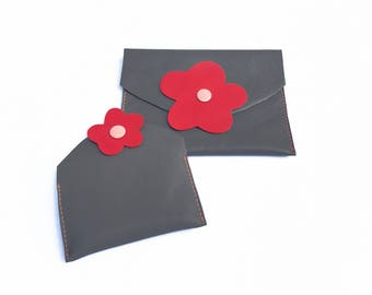 Grey leather pouches for organize your bag; Passport holder, cards holder in grey leather with a redflower; Gift for her