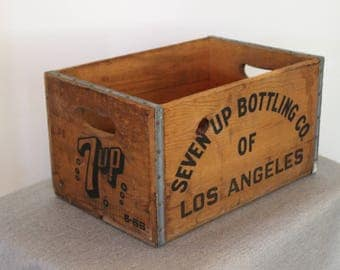 FREE SHIPPING - Seven Up bottling Co Short Soda Crate - Los Angeles Crate