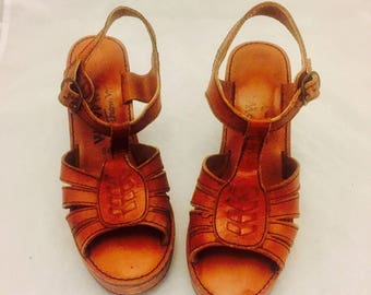 70s Platform Clog Sandals Leather Wooden Heels Cut Outs Ankle Straps Size 7.5 1/2 37 38 Disco Boho Woodworks Thom Mcan