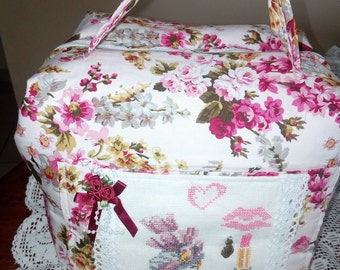 suitcase/toiletry bag, embroidered on linen