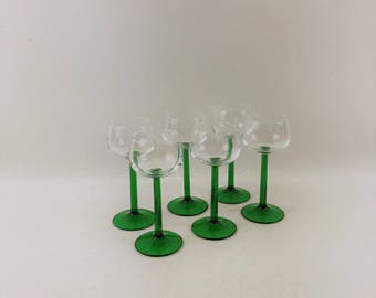 Vintage Luminarc Emerald Green Stem Wine Glasses Set of 6