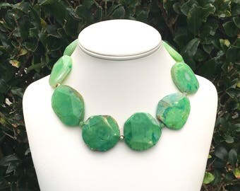 Chunky Green Necklace Large Green Gemstone Necklace Green Statement Necklace Faceted Gemstone Necklace Green Agate Necklace 30mm - 50mm