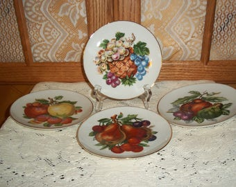 Set Of Four Fruit Design Decorative Plates Or Kitchen Wall Decor 6 Inch  Plates W Gold