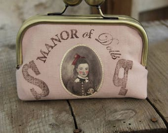 """Vintage """"The plague Cecily"""" purse"""