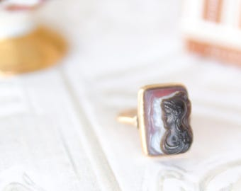 Antique Cameo Ring - Victorian Jewelry - Double Cameo Pinky Ring - Vintage Gift For Her - Alternative Engagement Ring - Sardonyx Cameo Ring