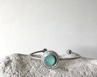 Silver Bangle Bracelet, Texture Silver bracelet , Aquamarine stone ,  oxidized silver, Textured Cuff Bracelet , Green stone bracelet