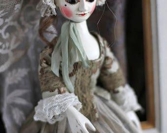 Madlen III, Queen Anne style wooden doll