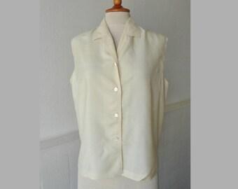 Ivory Vintage Blouse // 100% Silk // Loose Fit // Size 40
