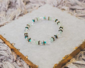 Teal/Clear/Gold Beaded Bracelet