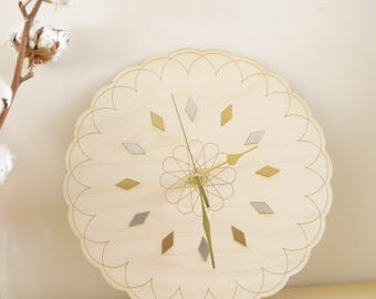 Geometric clock in wood, poetic home decor, modern interior design, Wall Decoration, natural gift, wooden round cloud shape, flower engraved
