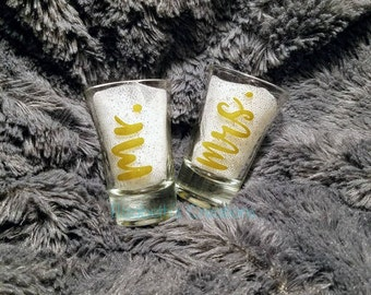 Mr. And Mrs. Shot Glass Set, Wedding Gifts For Couples, Couples Wedding Gift, Wedding Shot Glass Set, Shot Glasses For Wedding, Couples Gift