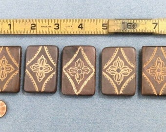 5 Rectangle Wood Beads, Engraved Floral Design Beads, 5 Side Drilled Holes, Belt Making Beads