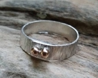 ladies ring sterling silver and recycled gold hammered handmade free uk postage