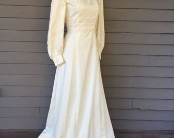 Square Neck Long Sleeve Wedding Dress with Lace Size Extra Small | Modest Wedding Dress | Romantic | Bell Sleeve | Bohemian