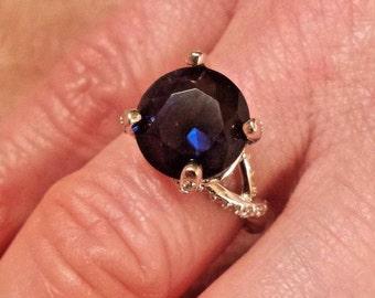 Vintage Gatsby Blue Sapphire & White Topaz Round Cut Gemstone Sterling Silver Ring, 4 ct.  Size - 7