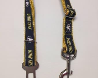 Dog Seat Belt, Seatbelt Leash, Dog Car Safety Leash, Star Trek Safety Belt, Black and Gold Car Leash