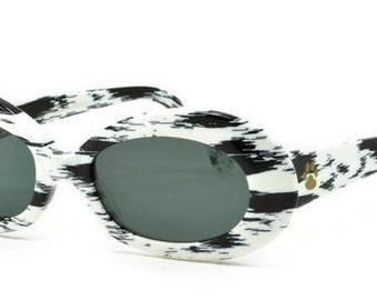 Alain Mikli, Vintage 2105 sunglasses D305, Dalmatian sunglasses