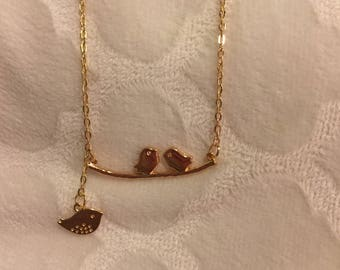 Gold Charm Necklace/Birds/Mother and Child/Mother's Day Gift/Necklace for Her/Gift for Her/Nature