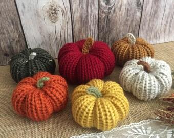 6x knitted stuffed pumpkins, fall decoration, thanksgiving or Halloween decor.