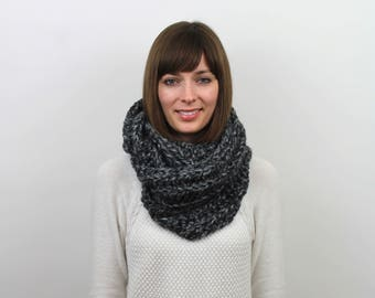 Chunky Knit Infinity Scarf Wool Circle Scarf | THE AMSTERDAM in Summit