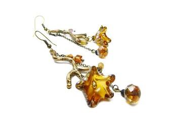 Boucles d'oreilles en bronze en branches et perles fleurs doré antique et miel