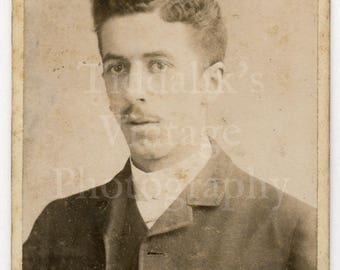 CDV Carte de Visite Photo Victorian Handsome Young Mustached Man Portrait - Robinson American Photographic Studio Landport - Antique Photo