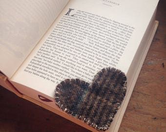 heart bookmark.