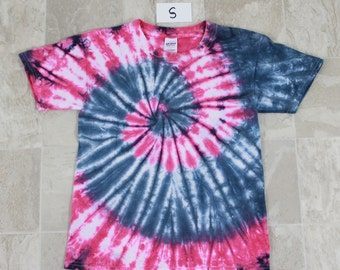 Youths Tie Dyed shirt-Size S Gildan T shirt-Pink and gray ice dyed t shirt-Short sleeved shirt, ice dyed shirt