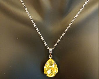 Tear Drop Pendant 925 Sterling Silver Stamped Chain Necklace 18 Inches Yellow