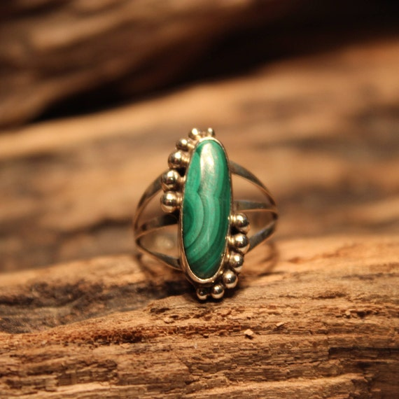 Large Navajo Zuni Sterling Silver Ring 3.6 Grams Vintage Sterling Silver 925 Size 7 Unisex Mens Silver Malachite Mens Ring Mens silver Rings