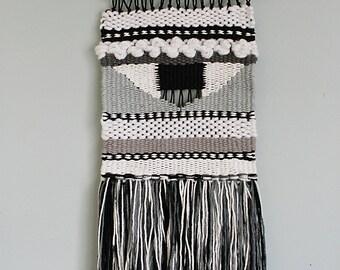 Woven Weave Wall Hanging//Bobo Wall Decor//Loom Weave