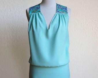 Robe été, robe vert d'eau aqua, robe turquoise, tissu japonais fleurs de cerisier bleu,vert,or. Robe cocktail, demoiselle honneur, bleu ciel