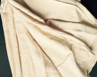 "Vintage 1950 's Silk Shantung Fabric 2 Yards 23"" X 30 "" excellent condition.Luscious cream colour.Clothing Interior decoration costume"