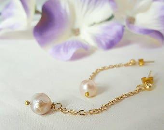 Freshwater pearl drop earrings  - Pearl  earrings - Dangly earrings - bridal jewellery - Long pearl earrings - pink pearls