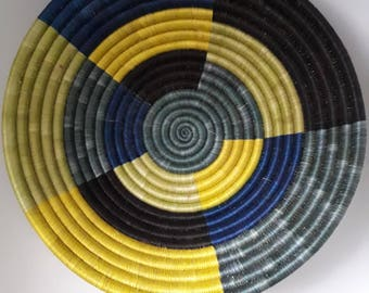 African woven basket / Bowl handcrafted ethnic