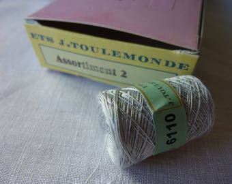 Cotton gray Chinese 6110 cocoon
